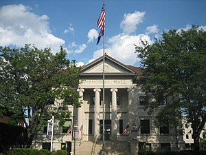 Memorial Hall (Rockford, Illinois) - Image: Rockford Il Memorial Hall 2