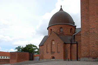 Roskilde Cathedral - Christian IX's Chapel (right) and Frederick IX's Burial Site (left).