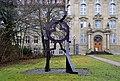 Rottweil Skulptur Staffan Nihlen vor Gerichtsgebäude.jpg
