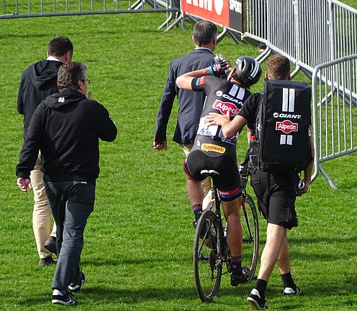 Roubaix - Paris-Roubaix, 12 avril 2015, arrivée (A23).JPG