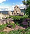 Ruine Hohen Urach Fundament der Ritterstube (7233206040).jpg