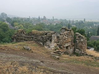 Ruins of Tsopi fortress, Georgia.jpg