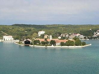 Mahón - Image: S'Arsenal, illa des Gegants o d'en Pintot (Maó)