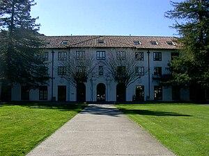 Saint Mary's College of California - De La Salle Residence Hall and De La Salle quad.