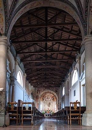 Santissima Trinità, Verona - Interiors