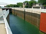 Sault Canal lock closing 2.JPG