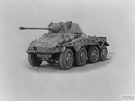 Sd.Kfz 234-2 front-diagonal view.jpg