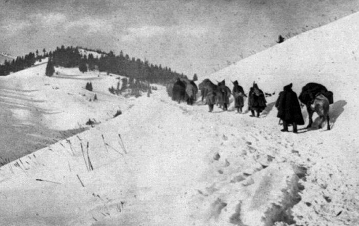 Serbian retreat through Albanian mountains, 1915