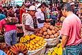 Solola market scenes (6849891198).jpg