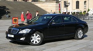 Armored car (VIP) - Armored Mercedes-Benz W221 used by the President of Germany