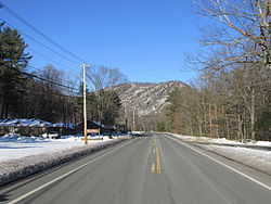 South face of Tekoa Mountain, Russell MA.jpg