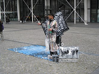 Speed painting - Image: Speed painting on Place Georges Pompidou 03