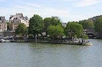 Square du Vert-Galant 003.jpg