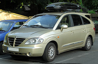 SsangYong Rodius - First generation Rodius (pre-facelift)