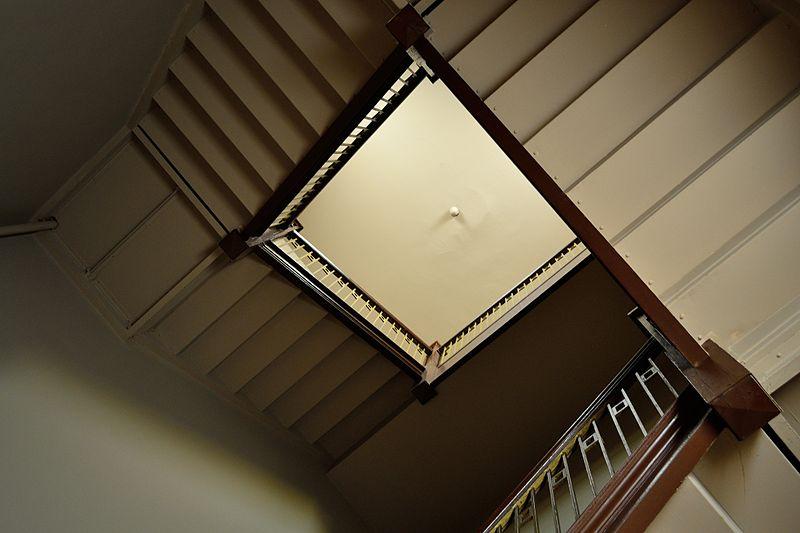 File:St. Hyacinth Basilica - Stairwell (8183925484).jpg