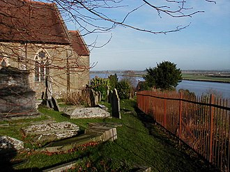 Newnham on Severn - Image: St Peters Church, Newnham geograph.org.uk 210626