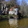 St Wendel zum Stein, eine spätgotische Kapelle wunderschön in die Felslandschaft an der Jagst integriert. 11.jpg