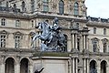 Statue Louis XIV Place Musée Louvre Paris 2.jpg