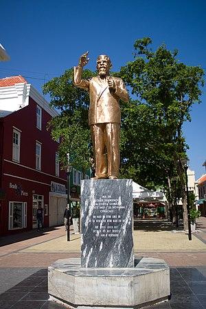 Moises Frumencio da Costa Gomez - Image: Statue of Doctor Moises Frumencio da Costa Gomez