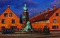 Suenson Monument Copenhagen.jpg