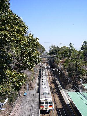 Sanyo Electric Railway Main Line - Sumaura-koen Station, looking east
