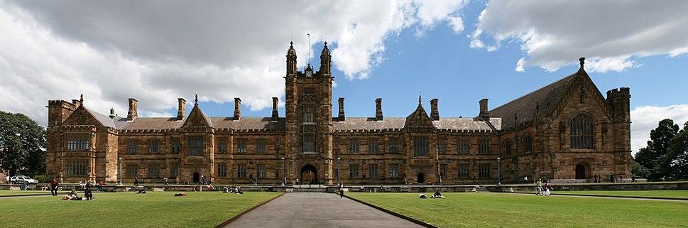 SydneyUniversity FrontLawns