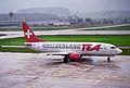 TEA Switzerland Boeing 737-3Y0; HB-IID@ZRH;11.04.1996 (4993125128).jpg