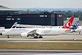 TURKISH AIRLINES BOEING 787-9 TC-LLD12.jpg