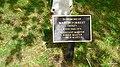 Tablica pamiątkowa na terenie Eton College - panoramio.jpg