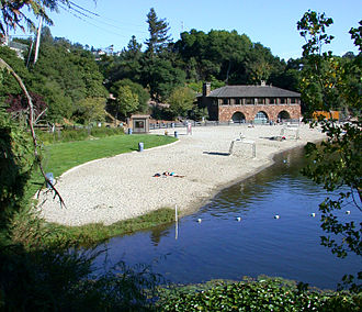 Temescal Regional Recreational Area - Lake Temescal and Beach House in Temescal Regional Recreation Area. Image date September 17, 2006