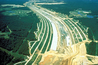 Tennessee–Tombigbee Waterway - Image: Tenn Tom Divide Cut Construction