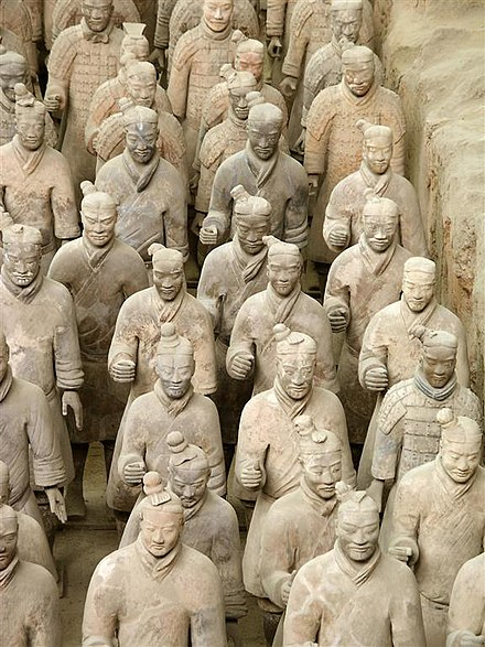 Terracotta army, China, c. 210 BCE Terrakottaarmen.jpg