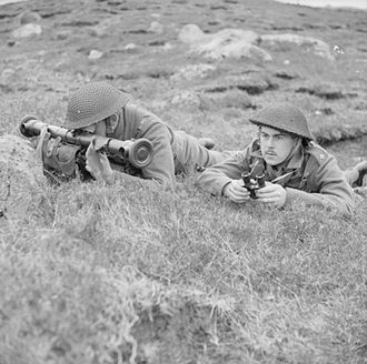 Lovat Scouts - A mortar officer and rangefinder operator of the Lovat Scouts, during an exercise in the Faroe Islands, 20 June 1941 (IWM H10557)