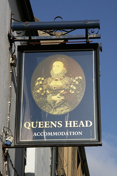 File:The Queens Head Inn sign at Selkirk - geograph.org.uk - 1756694.jpg
