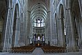 The nave, cathedral of Auxerre.jpg