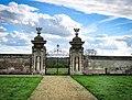 Thorpehall gates.jpg