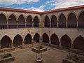 Tomar, Convento de Cristo, Claustro da Lavagem (06).jpg