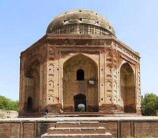 Tomb of Khan-e-Jahan Bahadur Kokaltash