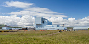 Torness Nuclear Power Station - April 2016.jpg