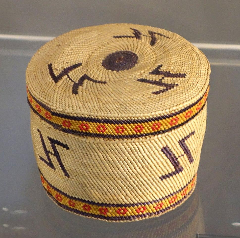 Trinket Basket, Makah people, Northwest Washington, late 19th to early 20th century, twined and plaited bear grass, sedge, cedar bark - Chazen Museum of Art - DSC01868