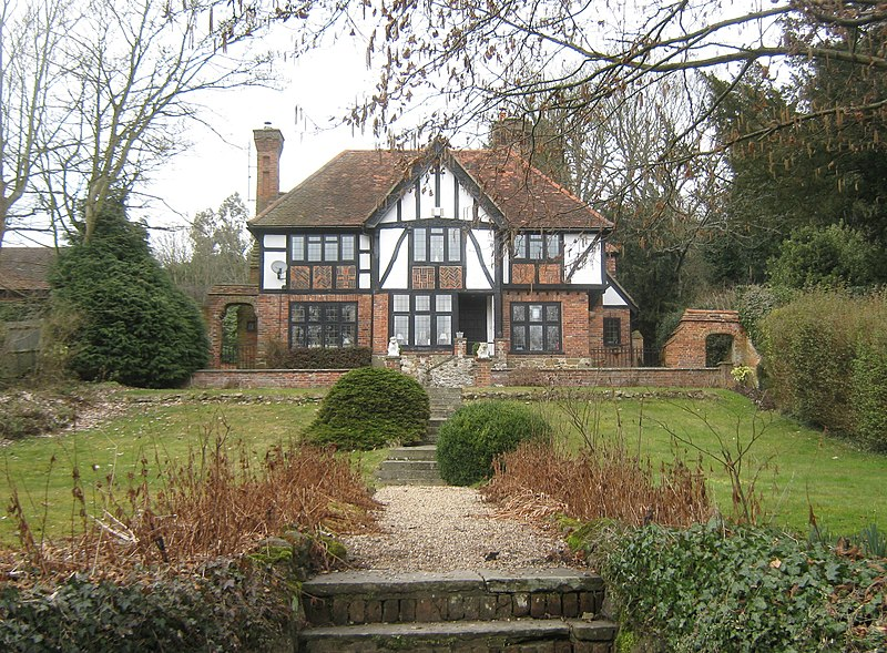 File Tudor House Geograph Org Uk 1756042 Jpg