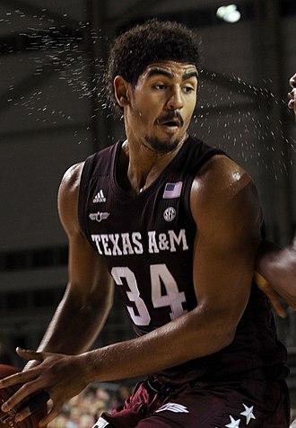 Tyler Davis (basketball) - Davis in 2017