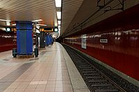 U-Bahn-Station Eissporthalle (Frankfurt).jpg