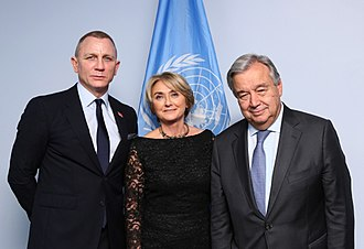 United Nations Mine Action Service - UN Secretary-General António Guterres (right) meets with  UNMAS Director Agnès Marcaillou (centre) and UN Global Advocate Daniel Craig (left) on 18 October 2017.
