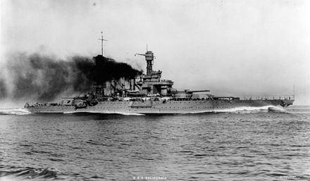The American California, one of two Tennessee-class battleships, steaming at high speed in 1921 USS California (BB-44) - NH 82114.jpg