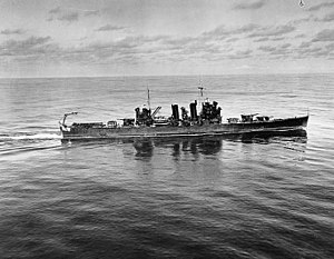 USS Honolulu (CL-48) operating off Hawaii on 5 November 1941 (80-G-279383).jpg