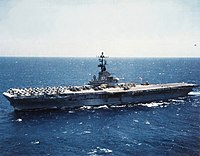 USS Kearsarge (CVS-33) underway at sea in 1966.jpg