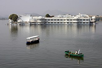 Tourism in Rajasthan - Image: Udaipur Lake Palace