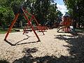 Ulanów - plac zabaw i fontanna na Rynku (06).jpg