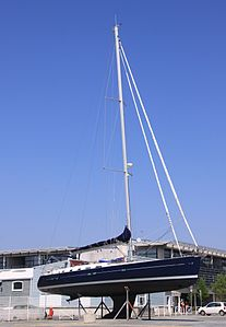 Un voilier Bénéteau Oceanis Clipper 423.JPG